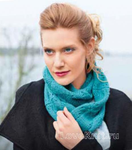 Как связать спицами яркий шарф-снуд