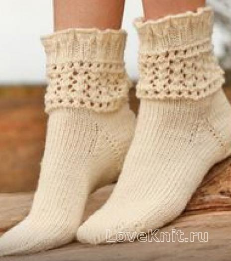 Как связать спицами носки с ажурной манжетой