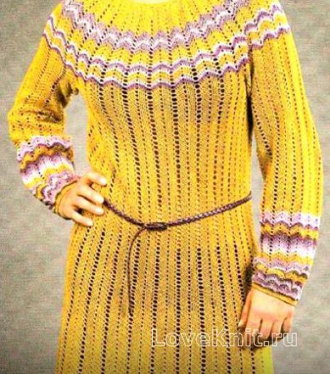 Как связать крючком платье до колена с цветным узором зигзаг