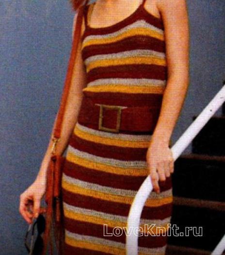 Как связать крючком полосатое облегающее платье до колена