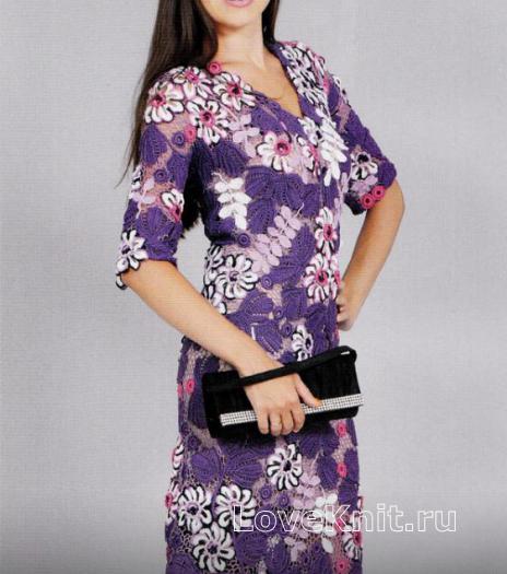 Как связать крючком приталенное платье до колена с цветочным узором