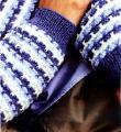 Как связать спицами полосатый джемпер с круглым вырезом