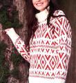 Спицами удлиненный свитер с цветным узором фото к описанию