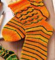 Спицами носки с контрастной полосой фото к описанию