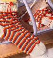 Спицами полосатые носки с завязкой фото к описанию