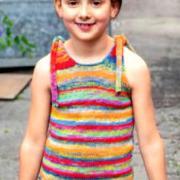 Как связать  детский цветастый топ с завязками