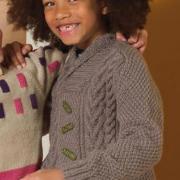 Как связать  детский джемпер с шалевым воротником и косами