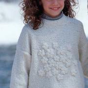 Как связать  детский пуловер с цветами и шапочка с помпоном