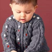 Как связать  детский пуловер с разноцветными косами
