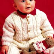 Как связать  детский жакет и штаны с узором из кос