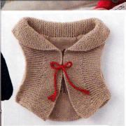 Как связать  детский жилет с вышивкой