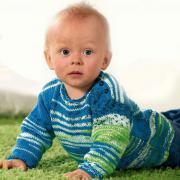 Как связать  джемпер для малыша из пряжи секционного крашения