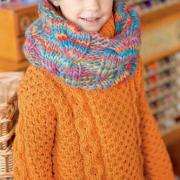 Как связать  свитер для девочки с узором из сот