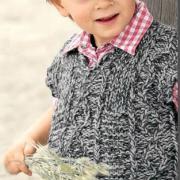 Как связать  жилет для ребенка с v-образным вырезом