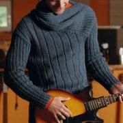 Как связать для мужчин мужской свитер с асимметричным вырезом горловины