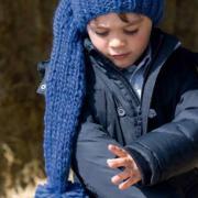 Как связать  детская шапочка-колпак с помпоном