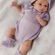 Как связать  розовая шапочка с ажурным узором для малыша