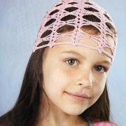 Как связать  сетчатая шапочка со стразами