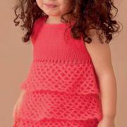 Как связать  детское платье с ажурными ярусами и заколка в виде цветка