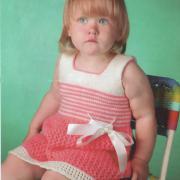 Как связать  детское платье с бантом