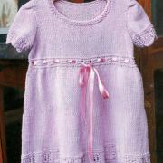 Как связать  детское платье с коротким рукавом