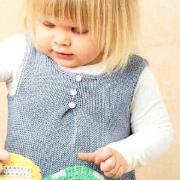 Как связать  сарафан для девочки с кармашками