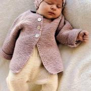 Как связать  детские штанишки с отворотами