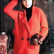 Как связать крючком прямое удлиненное пальто и берет