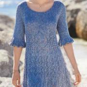 Как связать спицами платье с сочетанием узоров и воланами