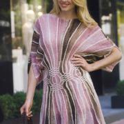 Как связать спицами розовое платье из клиньев
