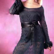 Как связать спицами темно-синее ажурное платье