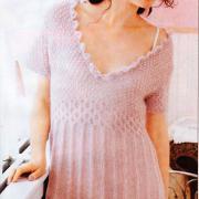 Как связать спицами узорчатое платье
