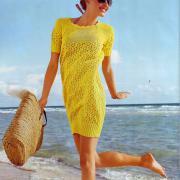 Как связать спицами желтое платье-баллон