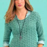 Как связать спицами ажурный пуловер с круглым вырезом