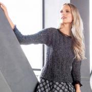 Как связать спицами ажурный пуловер с кружевом на рукавах