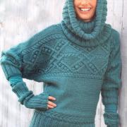 Как связать спицами бирюзовый пуловер с рукавом летучая мышь, воротник-хомут и митенки