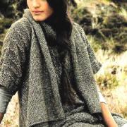Как связать спицами длинный свитер с асимметричным жилетом