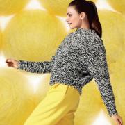 Как связать спицами короткий пуловер с жемчужным узором