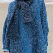 Как связать спицами оверсайз свитер платочной вязкой с объемным воротником
