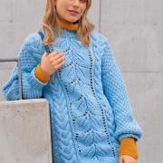 Как связать спицами платье-свитер с косами и свободными рукавами