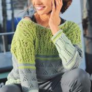 Как связать спицами полосатый пуловер с ажурным узором