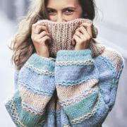 Как связать спицами полосатый свитер оверсайз в пастельных тонах