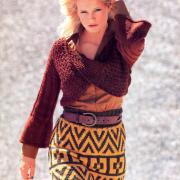 Как связать спицами пуловер с перекрученным передом и юбка