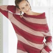 Как связать спицами пуловер с широким вырезом и полосами