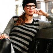 Как связать спицами пуловер в полоску и шапка