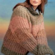 Как связать спицами пушистый свитер в полоску с полупатентным узором