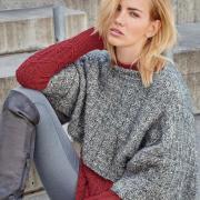 Как связать спицами рельефный пуловер и серая накидка сверху