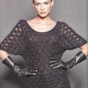 Как связать спицами сетчатый пуловер с рукавами-крыльями