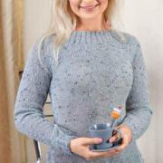 Как связать спицами удлиненный приталенный пуловер