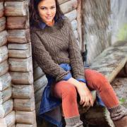 Как связать спицами женский свитер реглан